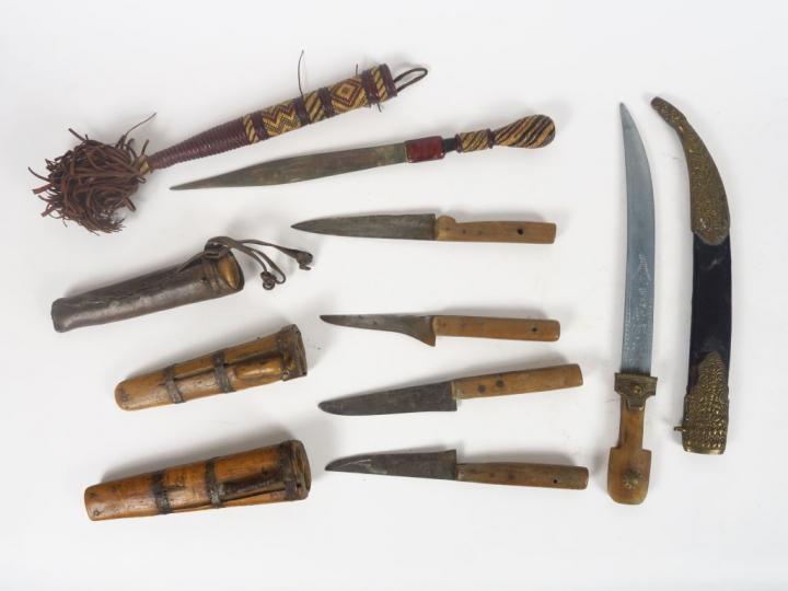 Lot de lot compos de 4 trousses de couteaux d volus la - Trousse de couteaux de cuisine ...